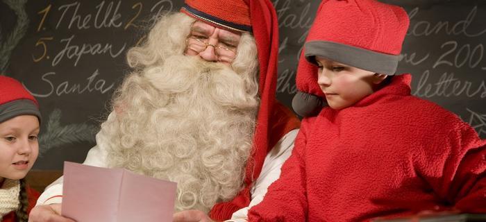 Święty Mikołaj z Rovaniemi w Laponii