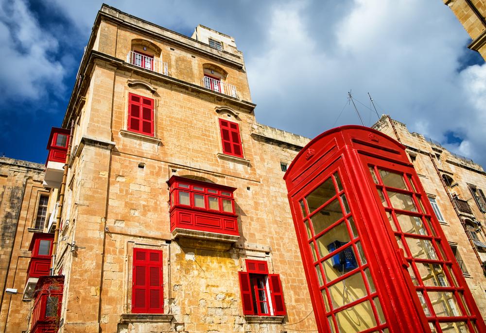 Budka telefoniczna w Valetcie na Malcie